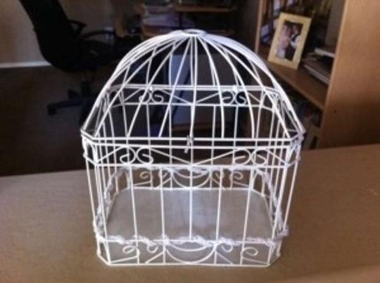 Preload https://img-static.tradesy.com/item/177487/david-s-bridal-white-bird-cage-card-holder-reception-decoration-0-0-540-540.jpg