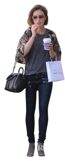 Preload https://img-static.tradesy.com/item/17749081/paige-super-cute-skinny-jeans-size-26-2-xs-0-1-650-650.jpg