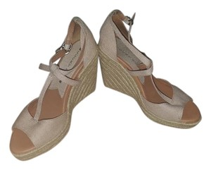 Lucky Brand Light tan Wedges