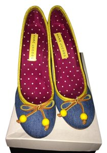 Marc Jacobs Denim with yellow trim Pumps