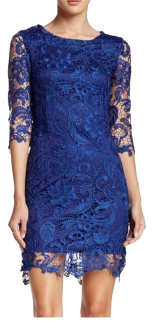 Item - Above Knee Night Out Dress Size 8 (M)