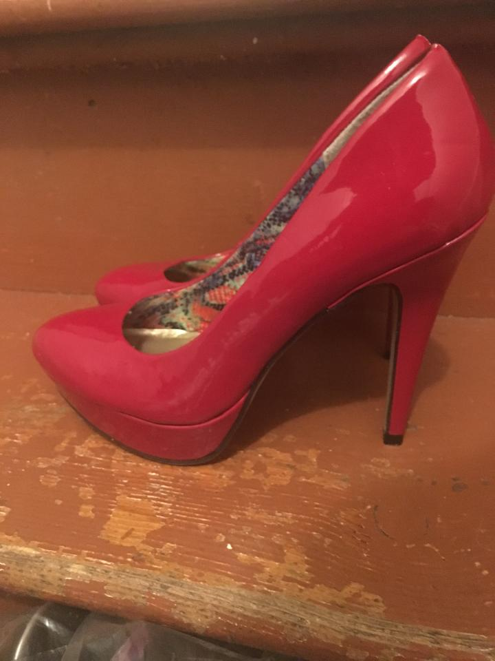 74c559b36194 Madden Girl Red Pumps Size US 7.5 - Tradesy