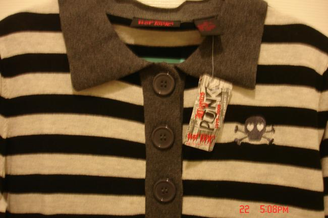 Hot Topic Button Down Shirt Black, Cream and Grey