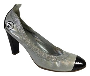 Chanel Elastic Leather Silver Pumps