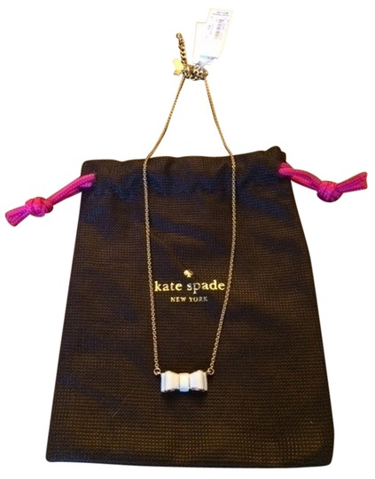 Preload https://img-static.tradesy.com/item/1775426/kate-spade-moon-river-pendant-necklace-0-0-540-540.jpg