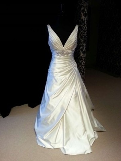 Maggie Sottero Alabaster Satin Maude A3571 Traditional Wedding Dress Size 8 (M)