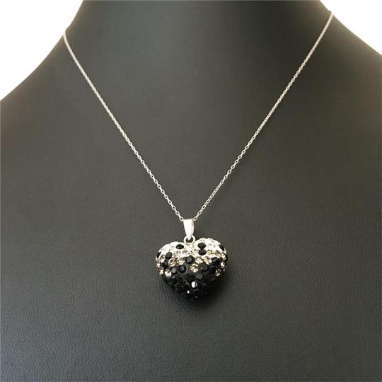 Preload https://item1.tradesy.com/images/black-white-silver-necklace-17756155-0-5.jpg?width=440&height=440