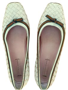 Bottega Veneta Light Pink Flats