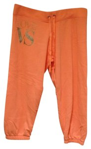 Victoria's Secret Activewear Capri/Cropped Pants Apricot