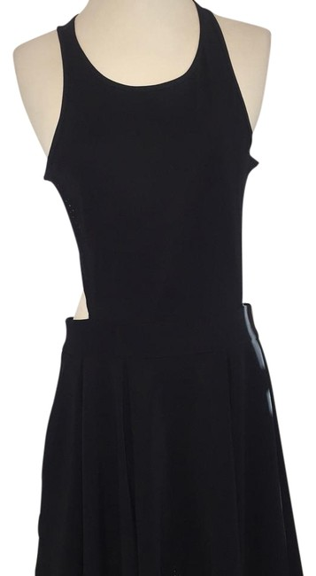 Preload https://img-static.tradesy.com/item/17756602/lululemon-black-knee-length-short-casual-dress-size-10-m-0-1-650-650.jpg