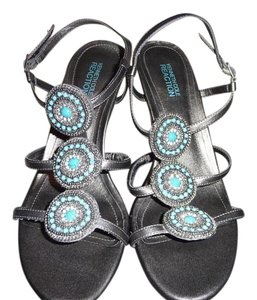 Kenneth Cole Reaction Pewter and Turquoise Pumps