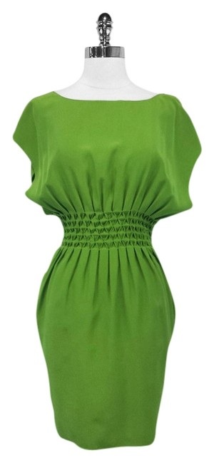 Item - Green Silk Cinched Waist Mid-length Short Casual Dress Size 6 (S)