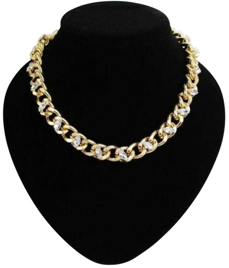 Preload https://item2.tradesy.com/images/forever-21-gold-opal-crystal-thick-lock-chain-necklace-17757766-0-1.jpg?width=440&height=440