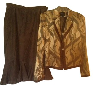 Ashro Gold and Brown Suit