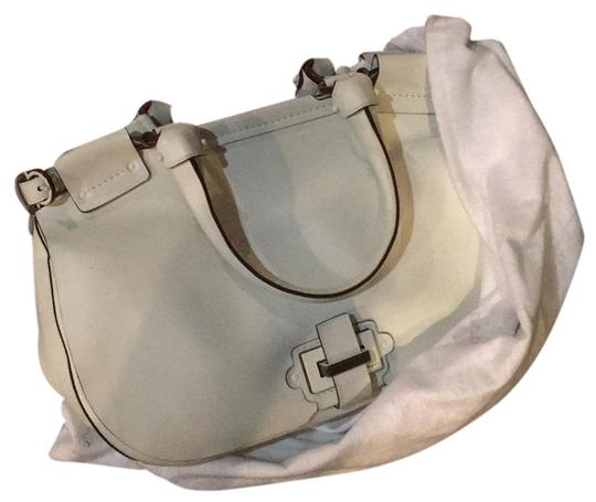 Preload https://img-static.tradesy.com/item/17760010/salvatore-ferragamo-white-leather-satchel-0-3-540-540.jpg