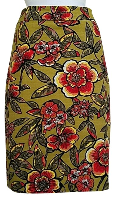Preload https://item3.tradesy.com/images/ann-taylor-tropical-pencil-knee-length-skirt-size-6-s-28-17762062-0-1.jpg?width=400&height=650