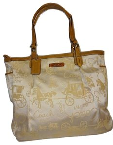 Coach Tote in Ivory & Camel