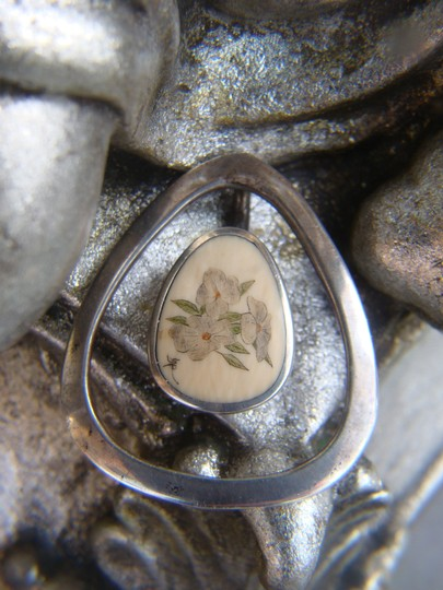 Other Sterling Silver with Etched Scrimshaw Floral Pendant - Artist Signed