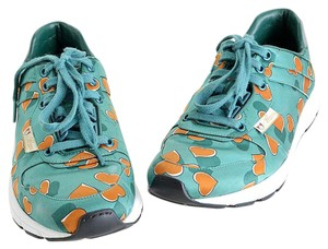 Gucci Cute Teal Athletic