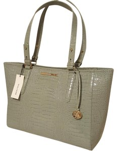 Brahmin Tote in Cascade Majestic-Grey
