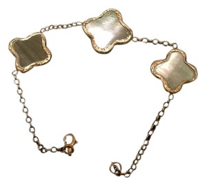Mother of Pearl Bracelet with Gold Plated Chain