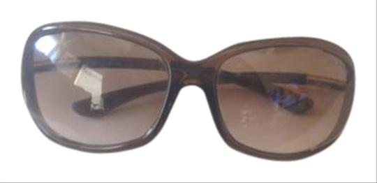 Preload https://item2.tradesy.com/images/tom-ford-dark-brown-frames-with-brown-gradient-lenses-whitney-sunglasses-17766016-0-1.jpg?width=440&height=440