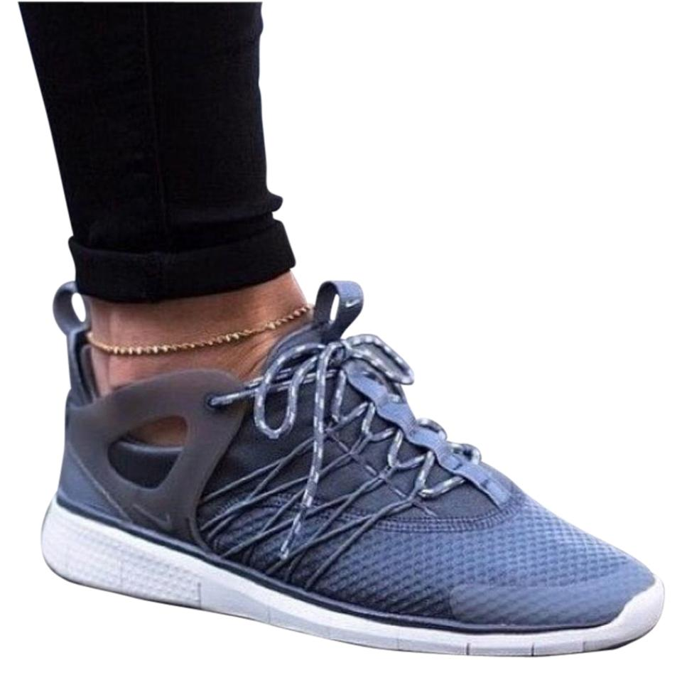 353210b53dd06 nike free viritous womens running trainers 725060 002 sneakers shoes  CLEARANCE