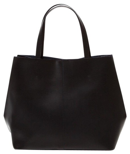 Preload https://item5.tradesy.com/images/black-leather-tote-17766184-0-1.jpg?width=440&height=440