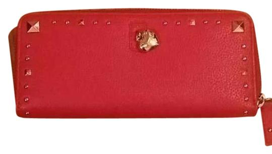 Preload https://item4.tradesy.com/images/juicy-couture-wallet-17767183-0-1.jpg?width=440&height=440