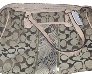 Coach Satchel in Khaki & Natural