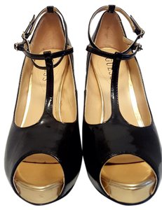 Guess Metallic Patent Leather Black and Gold Pumps