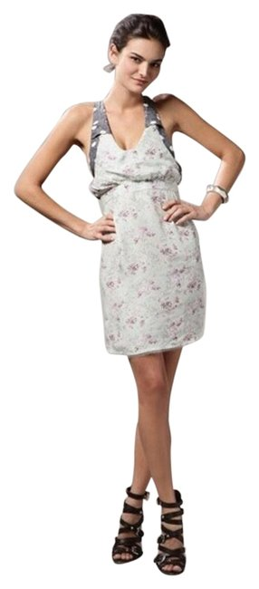 Preload https://img-static.tradesy.com/item/17767822/mint-ditsy-floral-above-knee-short-casual-dress-size-4-s-0-1-650-650.jpg