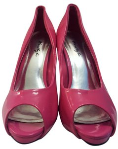 Herstyle Peekabo Patent Leather Pinup Hot pink Pumps