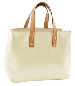 Louis Vuitton Satchel in White pearl