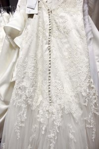 8606 Wedding Dress