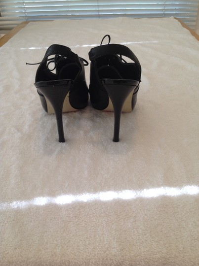 Guess By Marciano Black Pumps Image 3