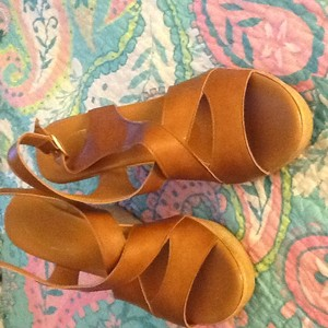 Calypso Brown Wedges