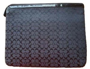 Coach Coach PADDED for a ipad or tablet