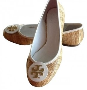 Tory Burch Natural raffia straw with white trim Flats