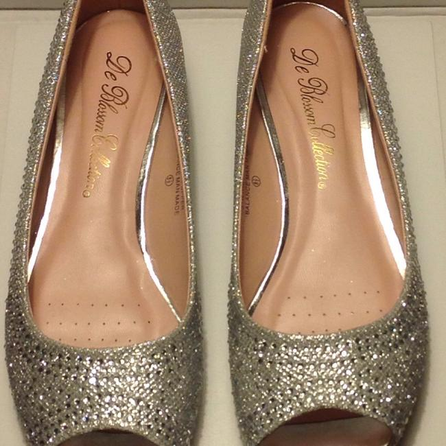 Item - Silver/Sparkle Wedges Size US 8.5 Regular (M, B)