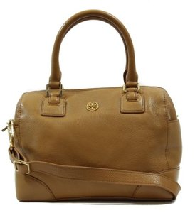 Tory Burch Robinson Pebbled Satchel in Brown