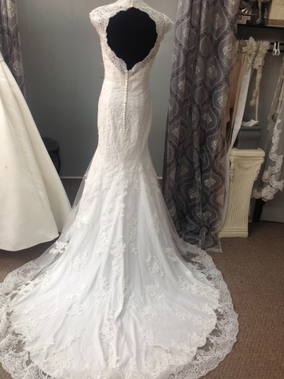 Impression Bridal Ivory Tulle Lace 12704 Wedding Dress Size 6 (S)