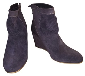Steve Madden Grey Suede Boots