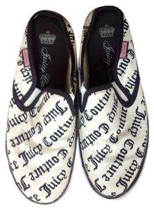 Juicy Couture Black and Off White Mules