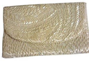 La Regale Beaded Vintage Off White Clutch