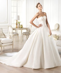 Pronovias Georgia Wedding Dress