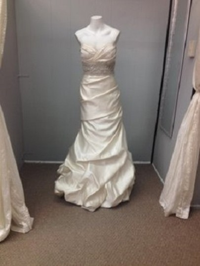 Winnie Couture Pearl Satin Mermaid Traditional Wedding Dress Size 8 (M) Image 1