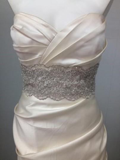 Winnie Couture Pearl Satin Mermaid Traditional Wedding Dress Size 8 (M) Image 2