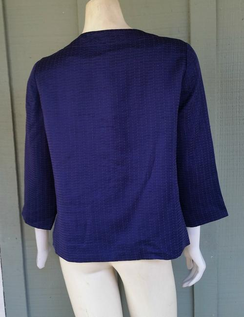 Chico's Mandy Textured Cropped 3/4 Sleeves Blue Blazer Image 2