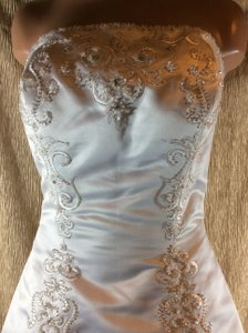 Eden White 8028 Wedding Dress Size 10 (M)